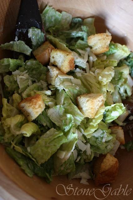 My favorite kind of salad: Caesar Salad | Food | Pinterest
