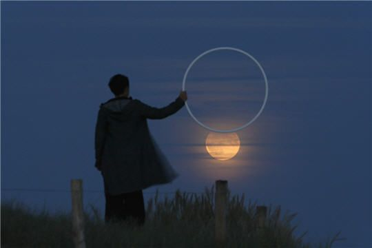 Eclipse artificielle : Les jeux lunaires de Laurent Laveder - Linternaute.com Photo numérique