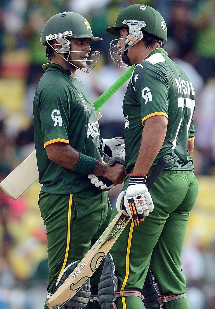 Mohammad Hafeez and Nasir Jamshed were involved in a 76-run stand, New Zealand v Pakistan, World T20 2012, Group D, Pallekele, September, 23