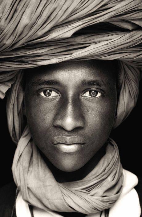 Head wrap portrait