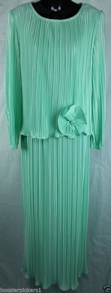 Mister jay green mother grandmother bridal wedding dress pleated size