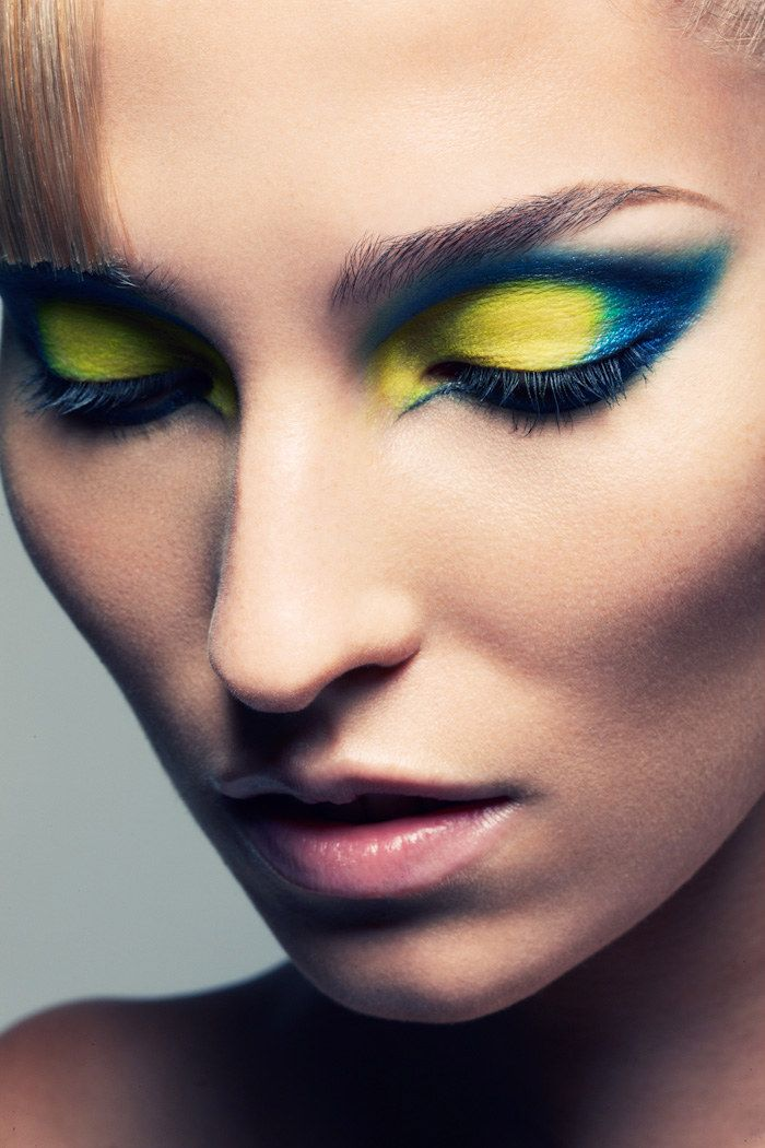 yellow and blue. Bold and beautiful #makeup