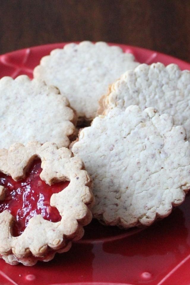 Raspberry Almond Linzer Cookies   desserts   Pinterest