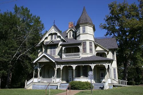 Example Of Eastlake Victorian Architecture The Downes Aldrich House