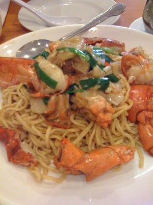 lobster yi mein- lobster with chinese egg noodles #joescrabshack