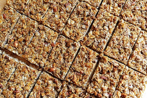The Pioneer Woman Granola Bars...making these for our next playgroup ...