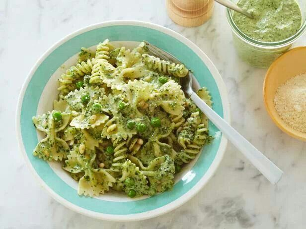 Pesto pasta with peas- Ina Garten | Pasta! | Pinterest