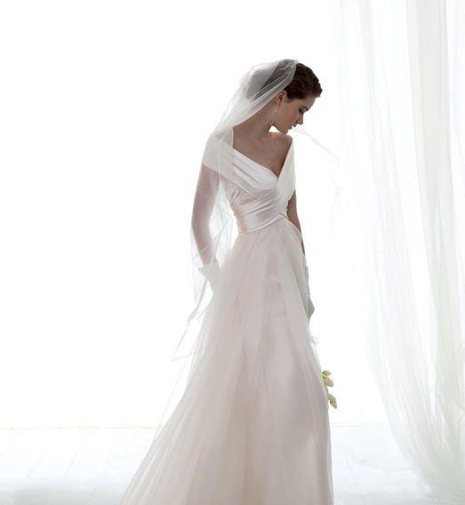 Ludovica  Nuit Blanche Paris - Robes de mariée sur mesure