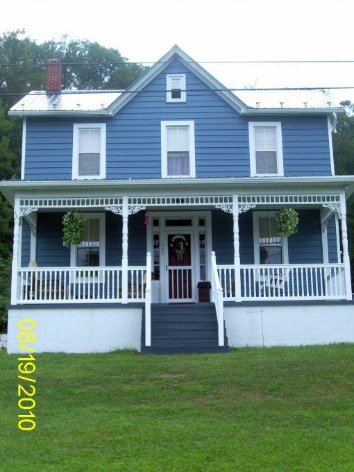 1870s Farmhouse Salt Box Farmhouse