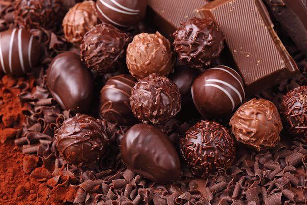 valentines chocolate thorntons