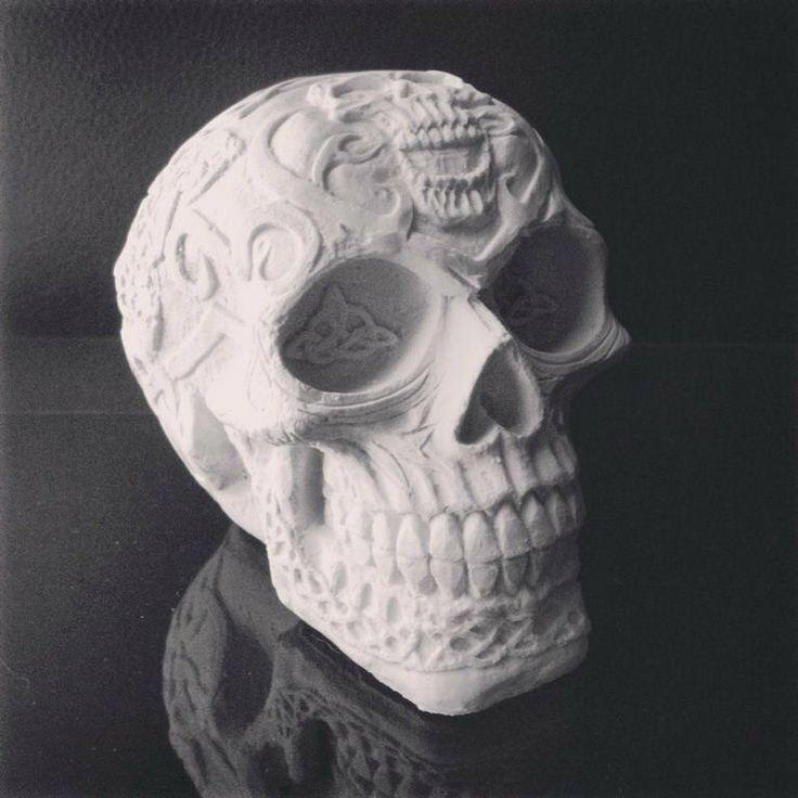 Skull sculpture celtic skull home decor skull for Skull home decor