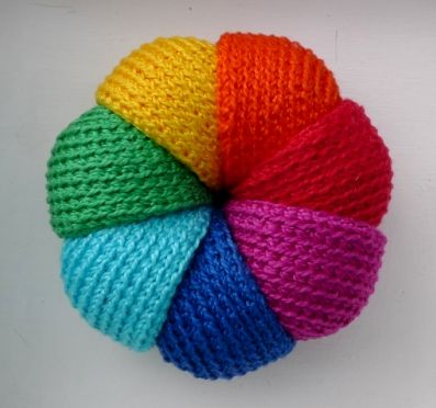 Knitting Patterns For Toy Balls : knitted toy