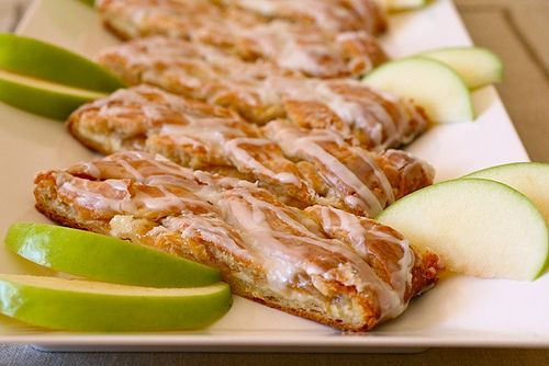 Spiced Apple Cream Cheese Danish Bread | i love to bake!!! | Pinterest