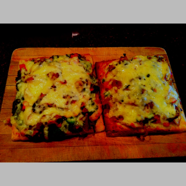 Homemade gluten free pizza with pesto, chicken, peppers and I ...