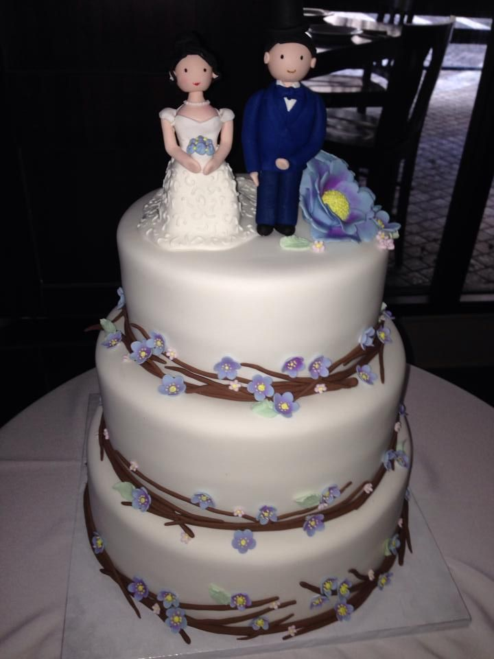 Pin By Sugarnomics Guam On Wedding Cakes