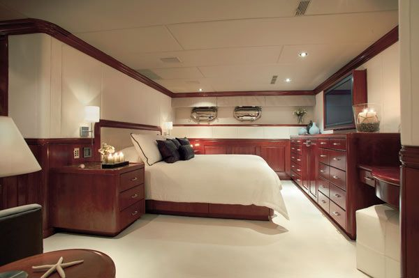 Tiger Woods Yacht Pictures Interior | This article originally appeared ...