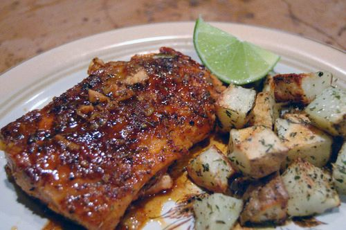 Sweet & spicy salmon with oven-roasted potatoes