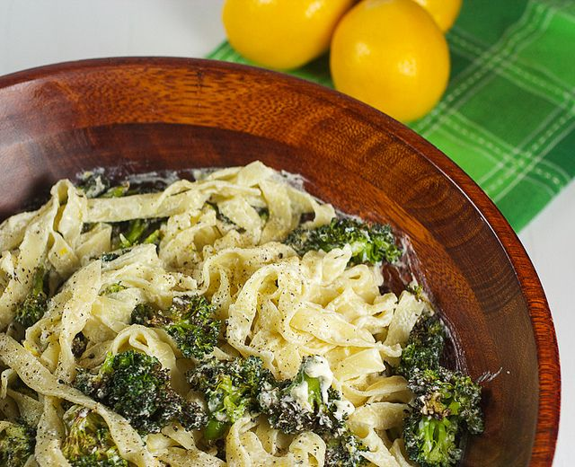 Creamy Meyer Lemon Pasta with Homemade Ricotta and Broccoli #SundaySu ...