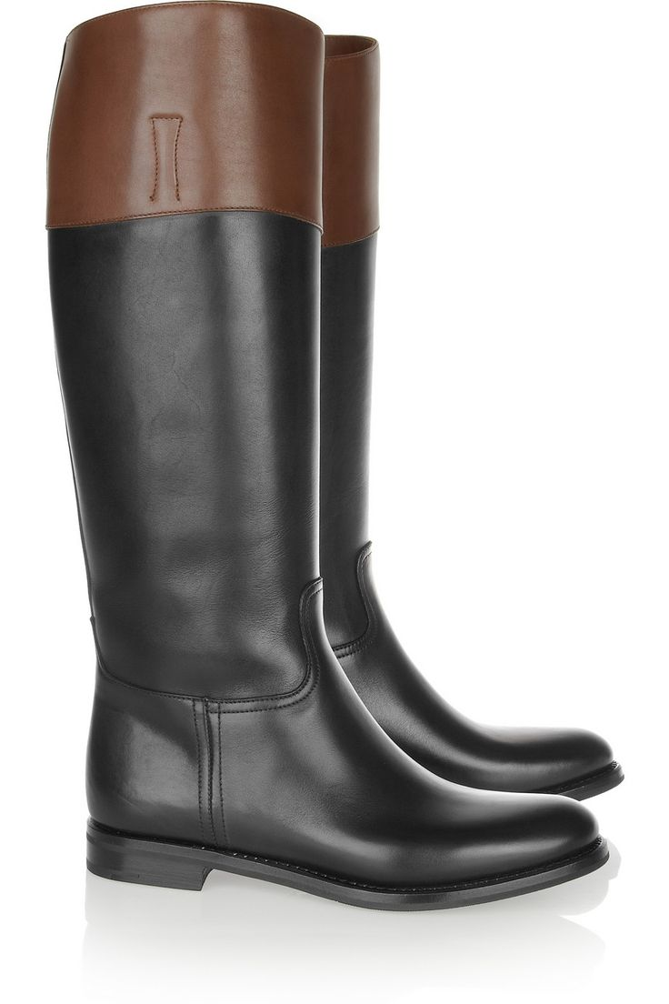 Types of boots. There are 6 sub-types of boots: 3 pure sub-types which require single attribute and provide associated defense type.; 3 hybrid sub-types which require two attributes and provide both of the associated defense types; at the cost of having both attributes required and defenses provided sightly lower then the pure counterpart; List of Boots.
