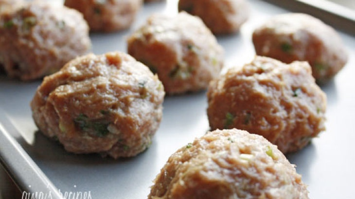 Asian Turkey Meatballs With Lime Sesame Dipping Sauce Recipe
