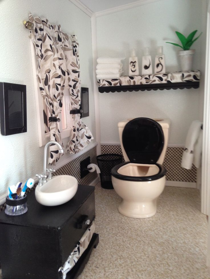 Bathroom Doll DIY Pinterest