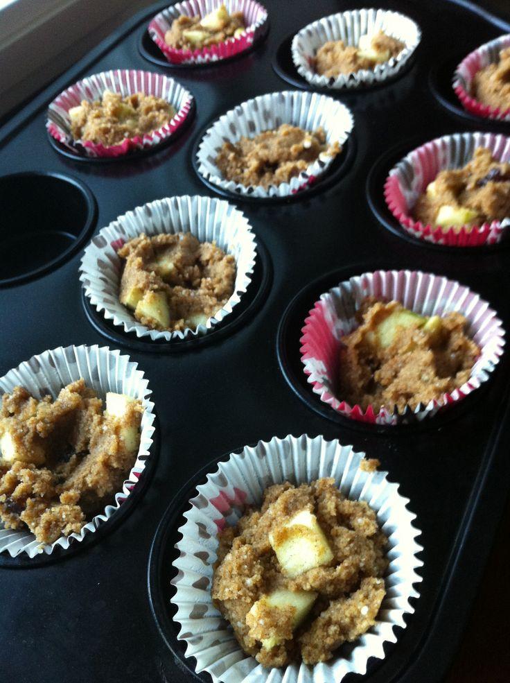 apple, date & cinnamon muffins