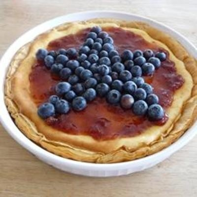 Red, White, and Blueberry Cheesecake Pie - Click image to find more ...