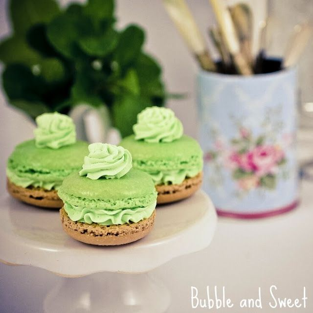 Pin by Janet B on Recipes - free from - Macarons | Pinterest