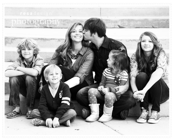 Family Photo Ideas With Older Kids