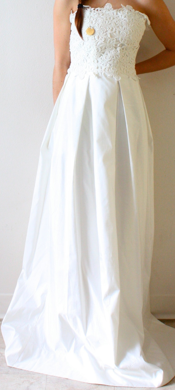 Vintage lace strapless pocket wedding dress by thisvintagegirl