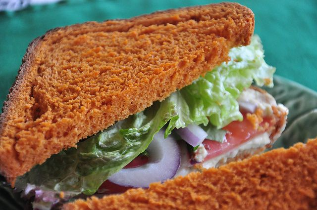 TLT Sandwich with Tomato Bread | what the hell _does_ a vegan eat any ...
