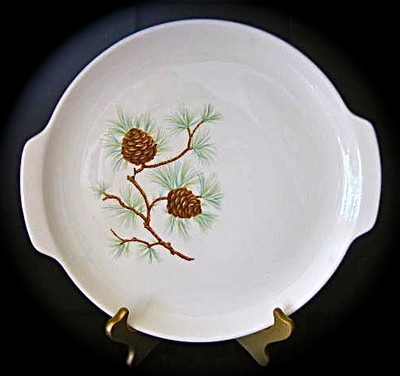 Serving Plate With Pinecones