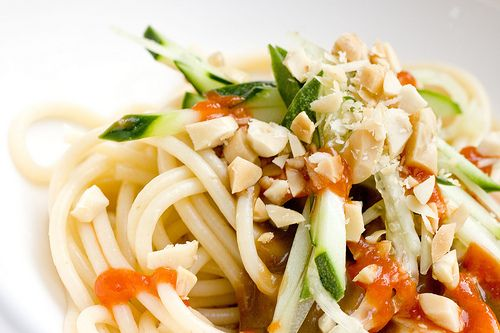 Cold Noodles with Peanut Sauce | No Oven Cooking | Pinterest