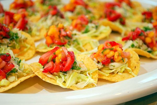 "Crab Tostadas with Strawberry Mango Salsa - ""The sweetness of a lump ..."