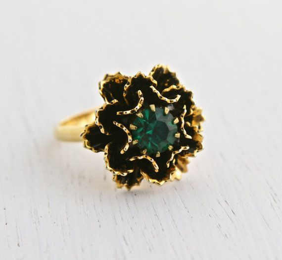 Vintage Emerald Green Stone Flower Ring - Retro Signed Vogue 1960s Rhinestone Gold Tone Adjustable Costume Jewelry / Green Center Blossom by Maejean Vintage on Etsy, $16.00