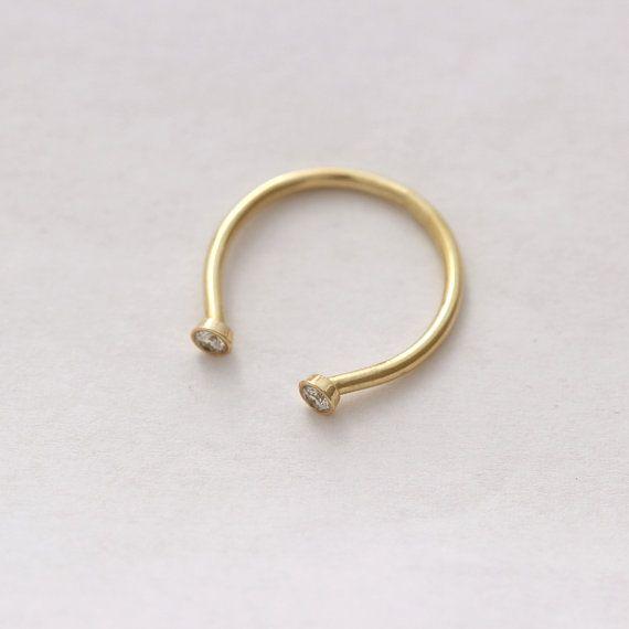 Horseshoe Weding Rings 015 - Horseshoe Weding Rings