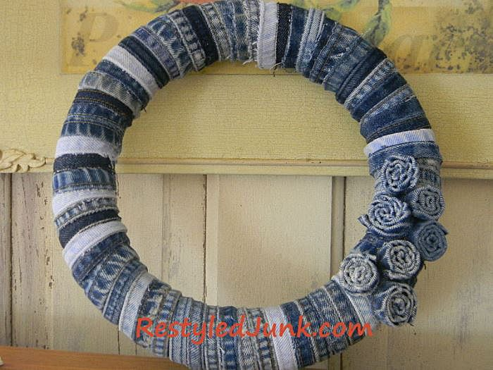 Craft a Denim Wreath with Seams from Old Jeans