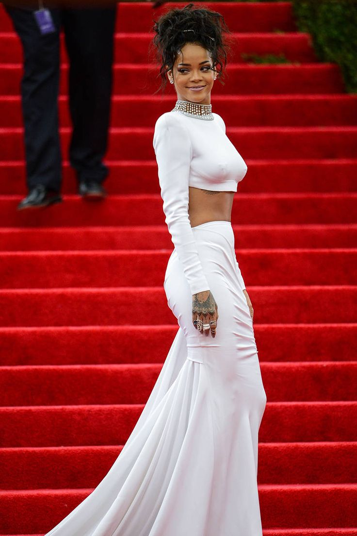 Rihanna 39 S Best Fashion Moments