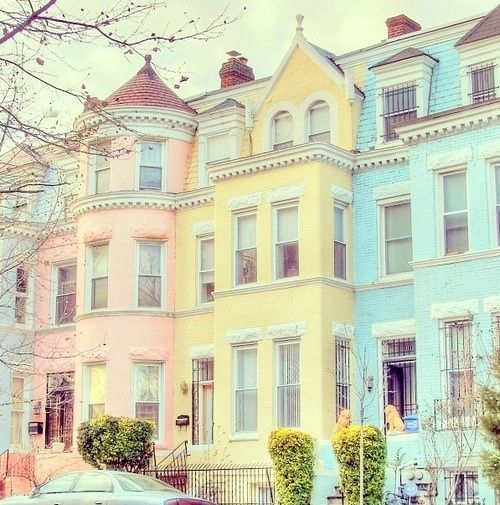 I like the color of these town homes. It's like a beautiful Shabby Chic color palette.