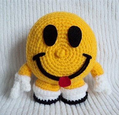Crochet Amigurumi Faces : Pin by Pat Trivett on Crochet Pinterest