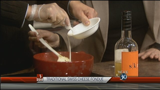 Traditional Swiss Cheese Fondue | Foodstuffs I want to try | Pinterest