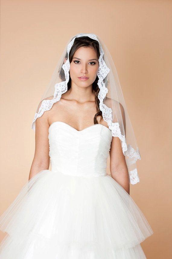 100 00 click for details disneyland wedding weddings pinterest click
