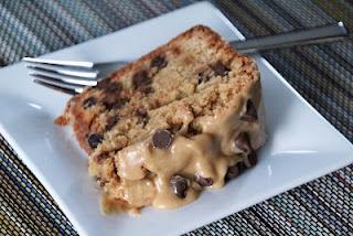 Peanut Butter Chocolate Chip Pound Cake | Yum yums | Pinterest