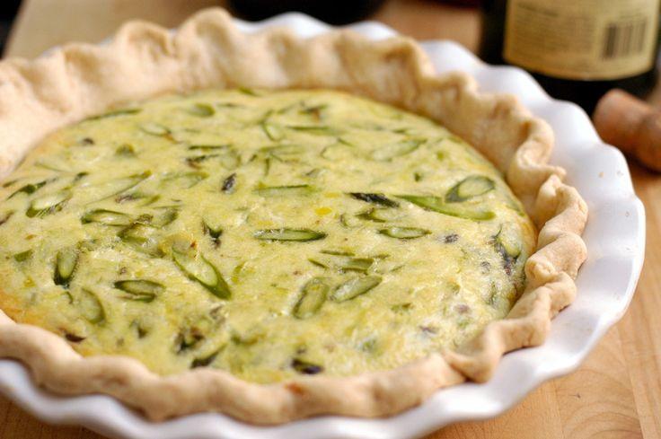 Asparagus, leek and gruyere quiche | Main dishes | Pinterest