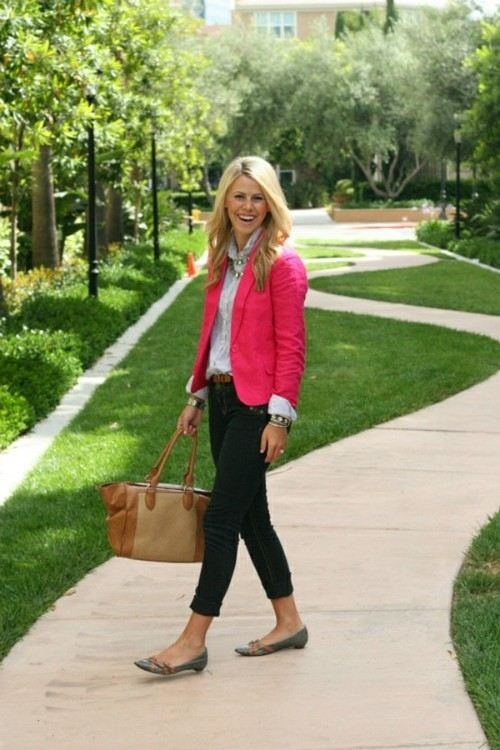 dark cropped pants and white blouse popped with a hot pink jacket