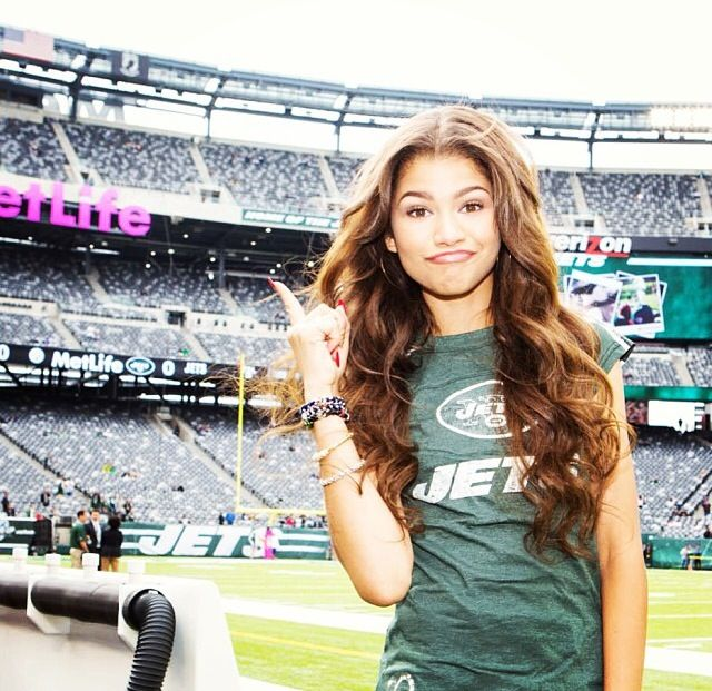Zendaya s hair color and style Zendaya Hair Color
