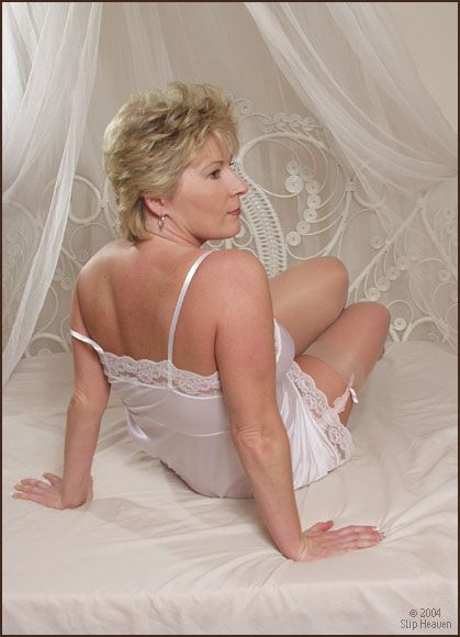 slip heaven   ANNE MARIE IS A MATURE SLIP HEAVEN MODEL.