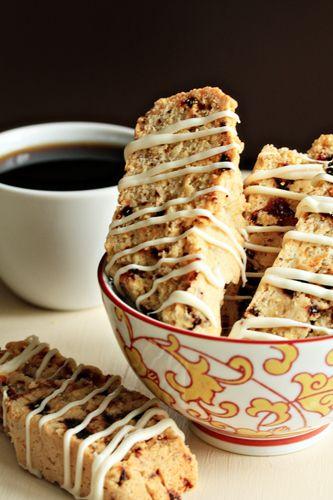 Cherry Almond Biscotti | DESAYUNOS Y MERIENDAS | Pinterest