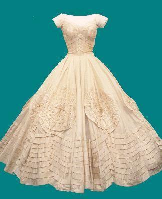 Jackie kennedy 39 s wedding dress wedding ideas pinterest for Jackie kennedy wedding dress designer