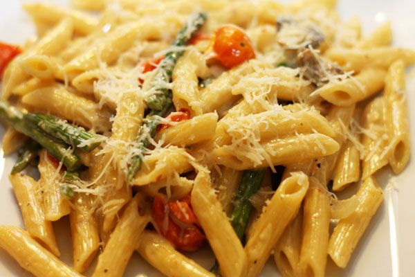Penne with tomatoes & veggies in mascarpone cream sauce - YES